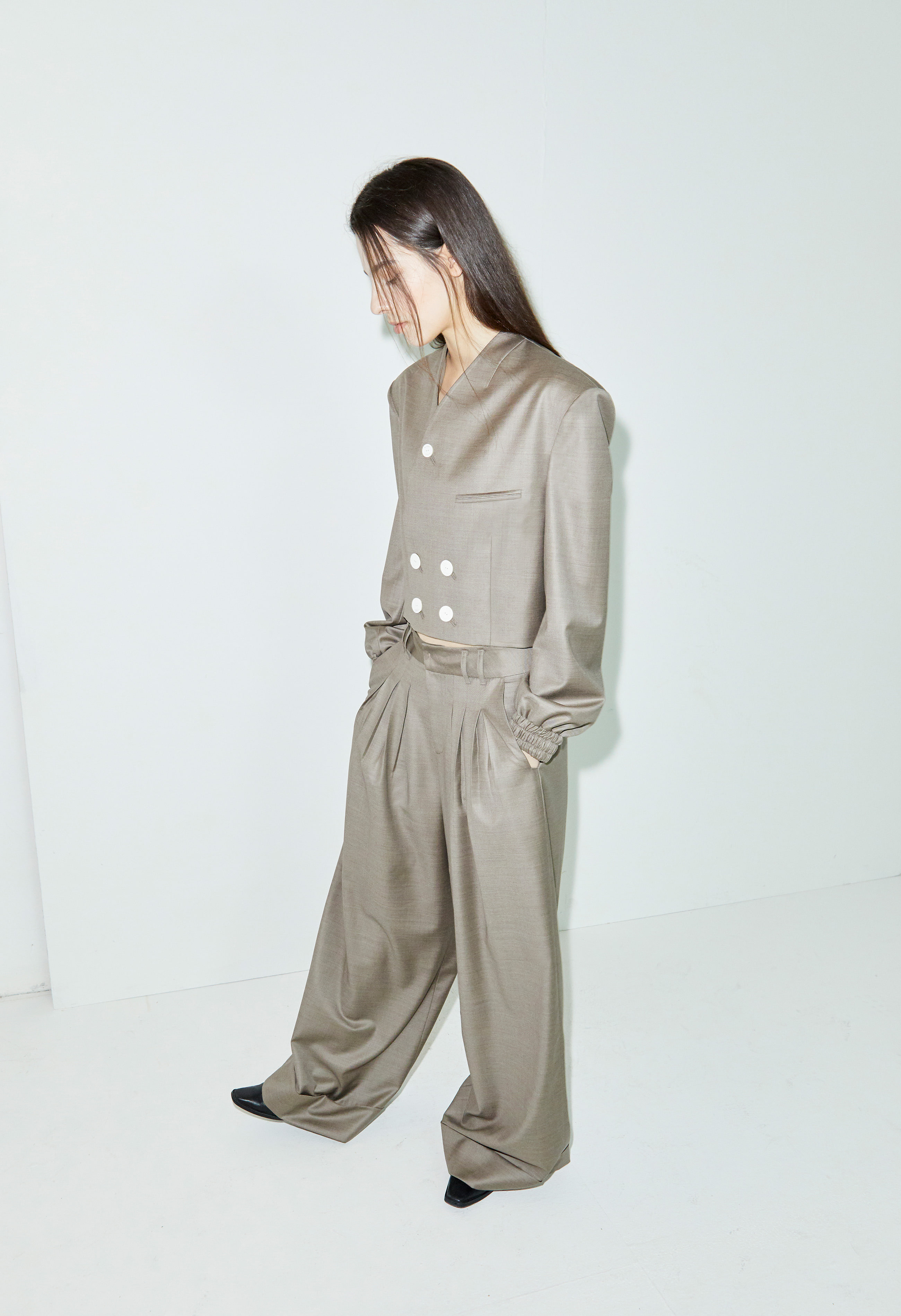 Pleats wide leg pants