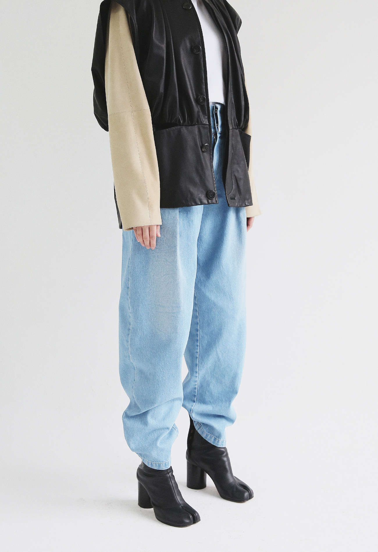 Tapered Denim Pants (Blue)